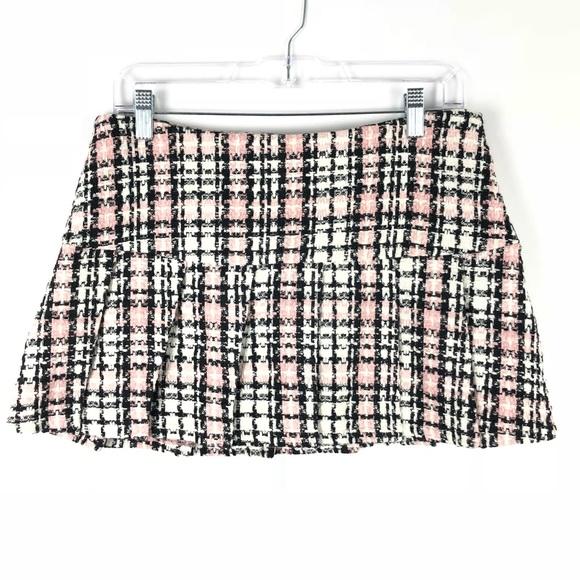 6406e0f96a8 Dresses   Skirts - 3  20 SALE Plaid School Girl Mini Skirt Size M